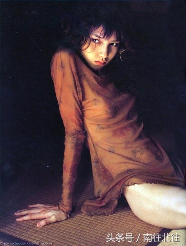筱山紀信攝影作品·強烈的單純性與超現實主義傾向(日本)