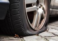 輪胎開多少路程後要換位?老司機:記住這個數,超過就很容易爆胎