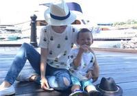 徐若瑄與兒子穿親子裝 相當溫馨