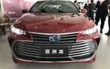 大路探店實拍:豐田亞洲龍20.88萬起售 雙擎版和汽油版該如何選?