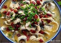 做家常酸菜魚時,多數人都少了這一步,難怪魚肉不嫩滑