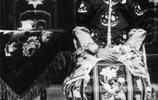 袁世凱罕見家庭照:妻妾成群,最受寵愛的姨太太相貌平平