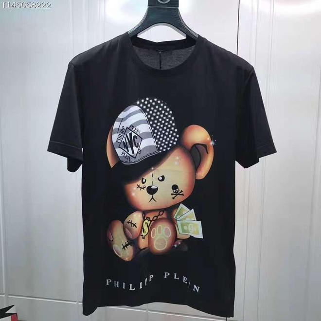三款帥帥的T恤,這樣風格的T恤,會不會成為你入夏後的首選?