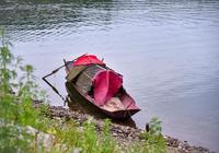 沱江河的捕魚人
