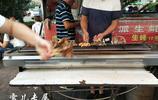 出去吃頓燒烤小串兩人只花了58元,是胃口小還是小串太便宜