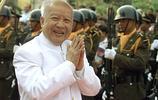 實拍2012年西哈努克親王靈柩回國照片,懷念這位中國人民的老朋友
