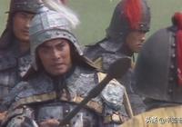 一人混戰擊敗馬超,一人死磕打跑呂布:三國三大保鏢誰最強?