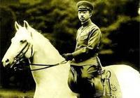 昭和天皇發動侵華戰爭,卻沒被審判,他臨終前說六字,讓我們警醒