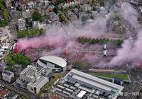 十萬球迷聚集阿姆斯特丹狂歡,阿賈克斯再奪聯賽和杯賽雙料冠軍