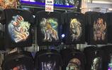 鱷魚串、夜光T恤衫,曼谷夜市全都有!一件衣服才賣20泰銖?