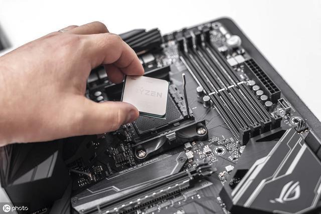CPU超頻和CPU睿頻是一回事嗎?