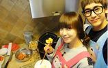 這些戀人一起進廚房做飯的場面太溫馨了