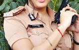 一組印度女星娜米莎娜瓦爾警服圖片