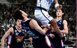 斯蒂芬·馬布裡,美國職業籃球運動員,司職控球后衛,曾效力於北京金隅男籃