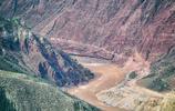 我在瀾滄江大峽谷,遠遠望見了沿襲千年製鹽文明的古村落和鹽田!
