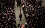 姚明參加在前總統喬治·h·w·布什葬禮