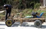 """農民大叔孩子被拐家中貧困,花一個月時間自制木""""寶馬""""車"""