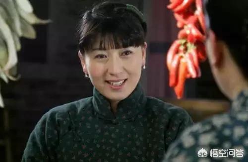 如何評價《小姨多鶴》?