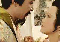 紅樓夢:焦大當面說出賈珍秦可卿的事情後,你看王熙鳳做了什麼?
