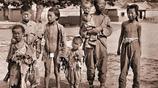 記錄中國百年滄桑老照片 1860年代的旗人女孩 1870年的清末姚明