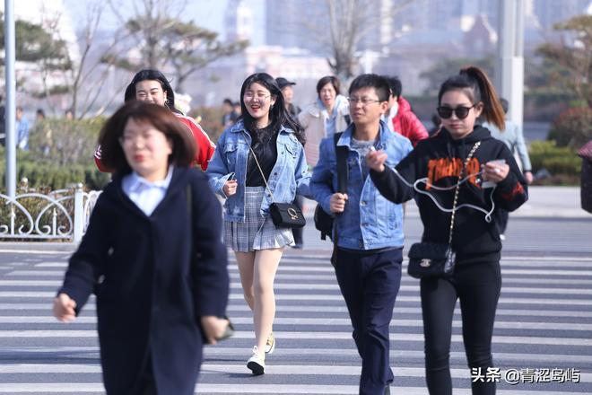 青島作為山東第一大城市,吸引了眾多遊客來踏青觀光