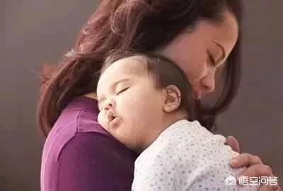 """寶寶打完預防針為啥總是發燒,是疫苗""""後遺症""""嗎?該如何護理?"""