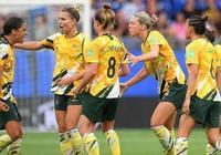 澳大利亞女足3比2逆轉巴西女足:瑪塔依然穩健,巴西換人失誤