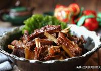 美食推薦:紅燒羊排,五香醬驢肉,三黃雞燒冬瓜的做法