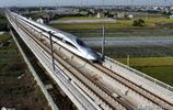 這段高鐵全長169公里,87%為橋樑工程,最高時速350公里每小時