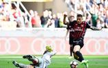 足球——意甲:AC米蘭勝巴勒莫