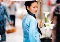 她曾是謝霆鋒的新娘,陳坤的最愛,紅得一塌糊塗,現在卻無人問津