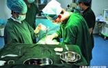 女兒16歲遲遲不發育,到醫院檢查醫生說出原因,爸媽傻了!