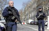 希臘官員說在巴黎發生爆炸的郵件來自希臘