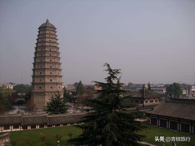 寶雞這座國寶寺院,歷經千年重現絕世地宮,西安咸陽人都開車來玩