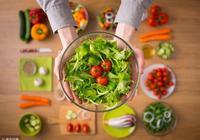 切勿盲目追逐素食主義!老年人吃素有講究