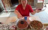 農村姑娘自制的剁椒12元一瓶,朝天椒為原料,因太辣買的人少