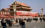 七十年代的北京:圖二肉餡餃子才兩毛錢,圖五的相機您見過嗎