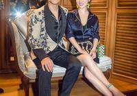 霍思燕這穿著睡衣拍美照啊,很顯氣質嘛,網友:王子與公主啊