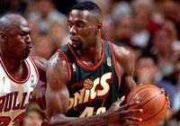 這幾位NBA退役球員太慘了!沃克一個人養活70多個蹭飯吃的親戚