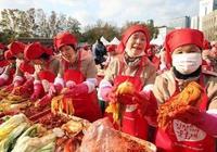 韓國人很不解:我們的泡菜營養又美味,中國遊客咋不買呢?