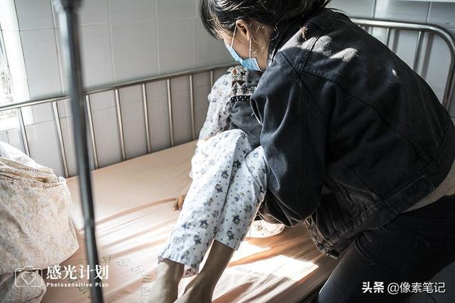 一個農村底層家庭的絕望救贖:母親離世,10歲兒子患腦瘤