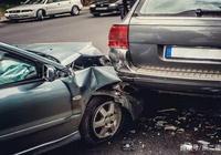 買了汽車保險,這4種道路救援完全免費,不懂就虧大了