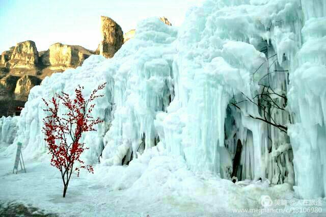 赤日炎炎,冰瀑奇觀