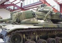 坦克炮和反坦克導彈,哪個更適合坦克做主要武器?