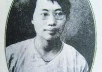 這是中國第一位女教授,去紅巖村訪問時,周公遠遠就出來迎接