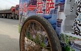1輛2輪車1個安全帽,1人走8000裡,山東鄆城30歲農民去拉薩,為啥