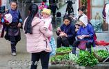 春天再來從江下江趕個集,看看路邊菜攤那些兩塊錢一把的都是些啥
