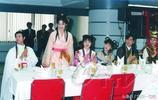 1995版鄭少秋《香帥傳奇》拍攝時幕後照片,鄭少秋文武雙全