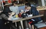 李湘一家三口外出吃飯被拍,王詩齡好邋遢,臺上臺下差別大