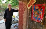 山西農村2位老人在土窯裡結伴養老10年,看看生活是啥樣